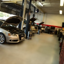 susi auto repair interior photo